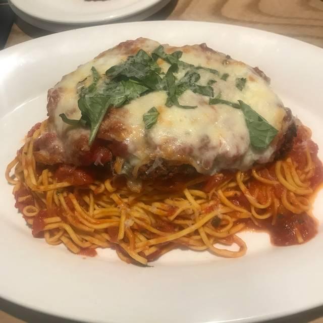Gratzi Midland Restaurant - Midland, MI | OpenTable