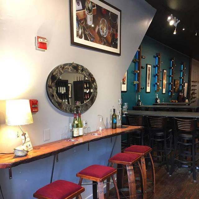 Pinot Boutique - Pinot Boutique, Philadelphia, PA