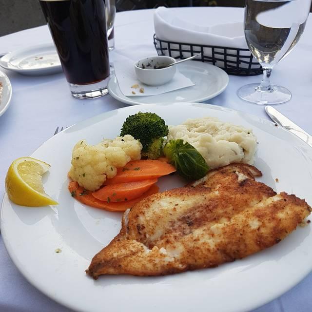 Oceana Seafood Steakhouse & Bar, Calgary, AB