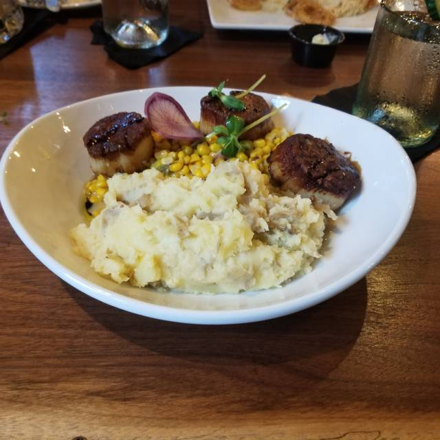 Cozy's Cafe and Pub, Liberty Township, OH