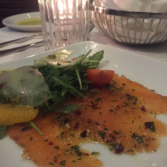 Amalfi Ristorante Italiano & Bar, Houston, TX
