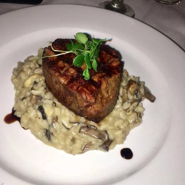 Mariano's Cuisine, Doral, FL