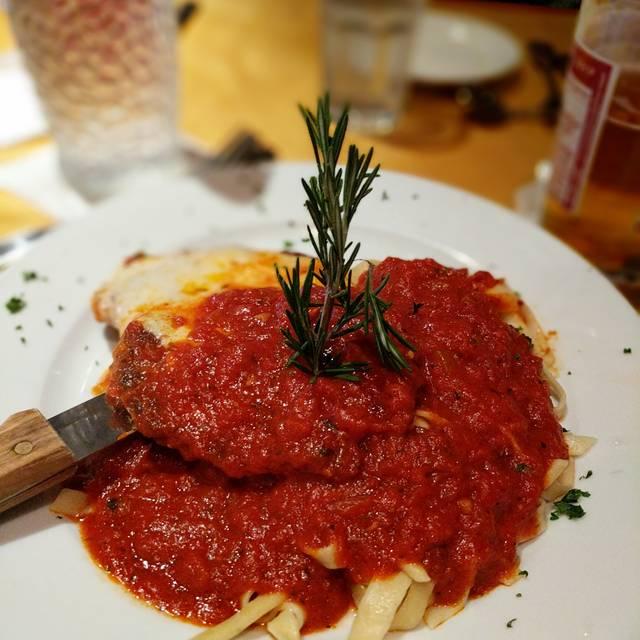 Noodles Italian Cafe & Sushi Bar, Naples, FL