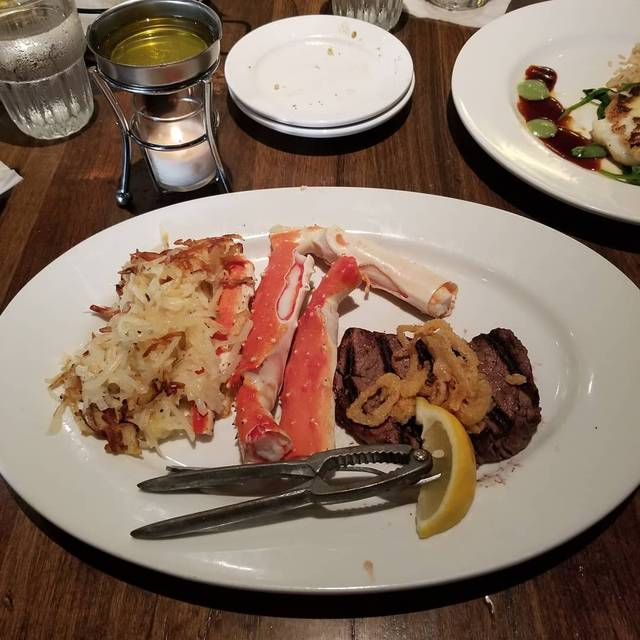 Real Seafood Company - Toledo Restaurant - Toledo, OH ...