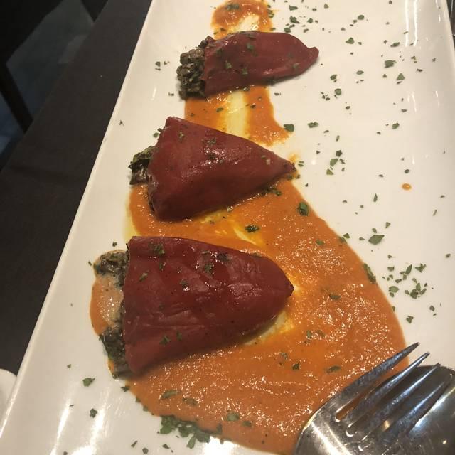 Ferraro's Kitchen, Miami, FL