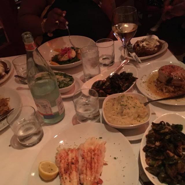 Fleming's Steakhouse - Charlotte, Charlotte, NC