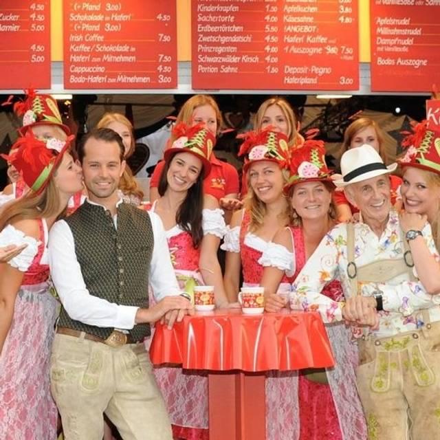Teamfoto - Bodo's Cafezelt, München, BY