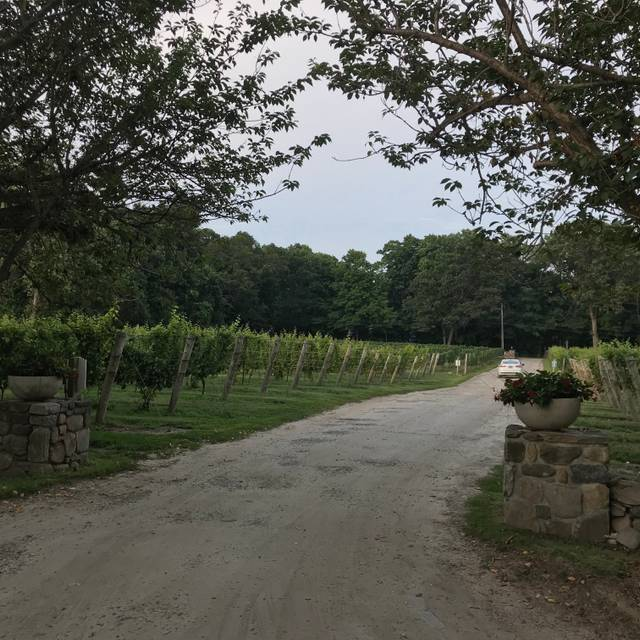 Chamard Vineyards, Farm Winery Bistro, Clinton, CT