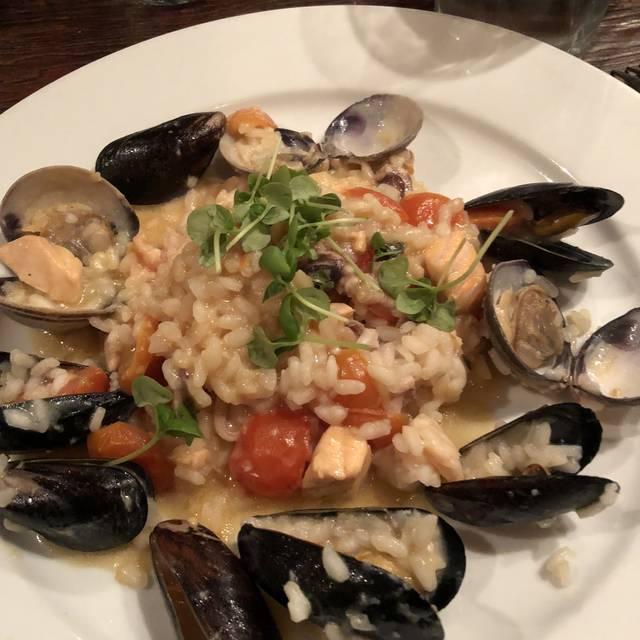 10 Best Restaurants In Redondo Beach Read Reviews Reserve On Kayak