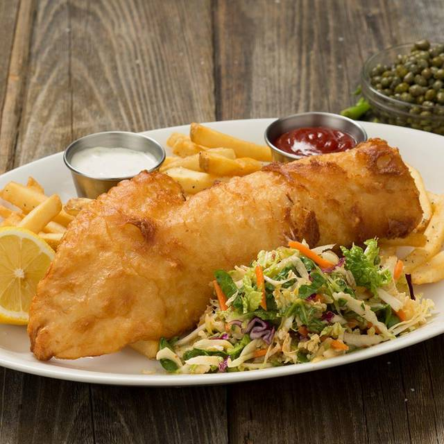 Fish And Chips - Houlihan's - Fort Worth, Fort Worth, TX