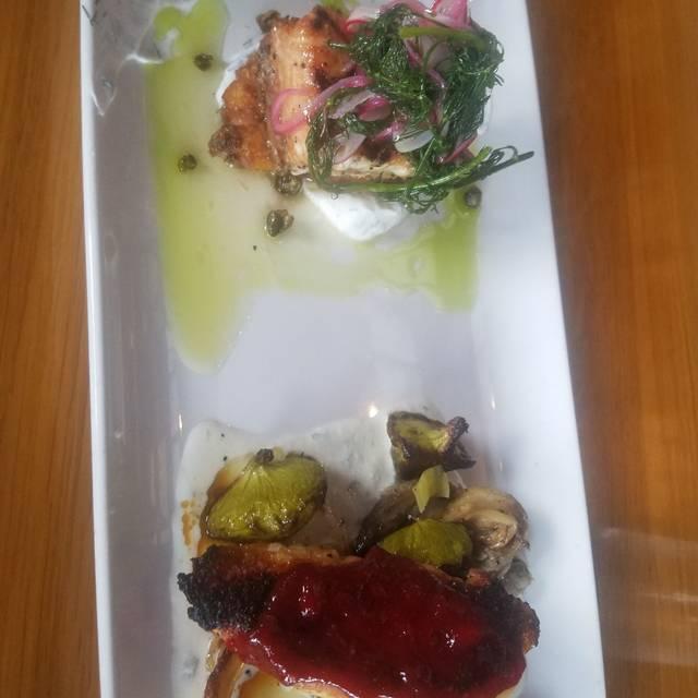 Drift Fish House & Oyster Bar, Marietta, GA
