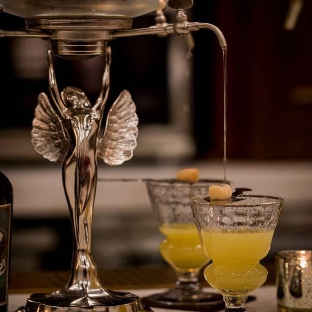 - - Eleven Twenty-Two Cocktail Lounge / Speakeasy, Paso Robles, CA