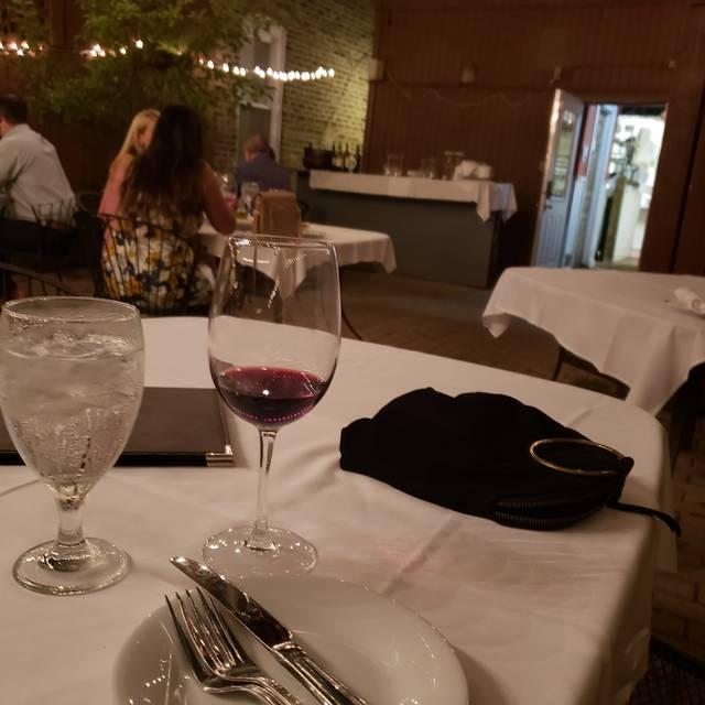 a tavola, Chicago, IL