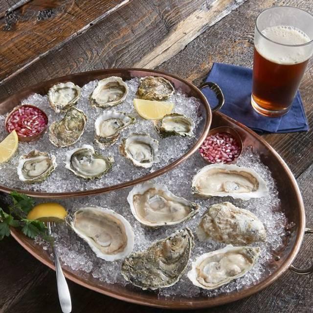 Signature Oysters - McCormick & Schmick's Seafood - San Jose, San Jose, CA