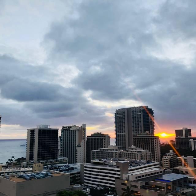 SKY Waikiki - Rooftop Restaurant, Honolulu, HI