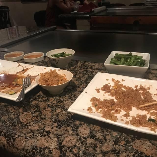 Kobe Japanese Steak House, Teppan & Sushi, Seal Beach, CA