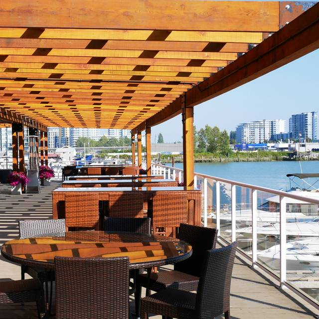 The Deck Kitchen & Bar at Pacific Gateway Hotel, Richmond, BC