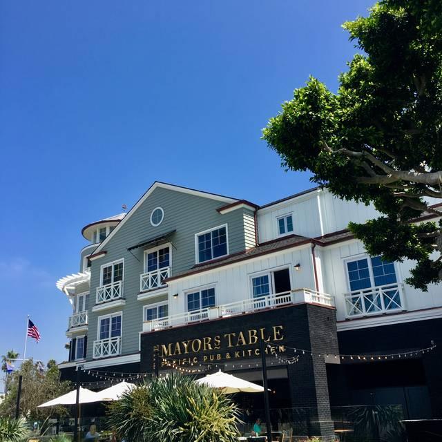 Mayor's Table Pacific Pub + Kitchen, Newport Beach, CA