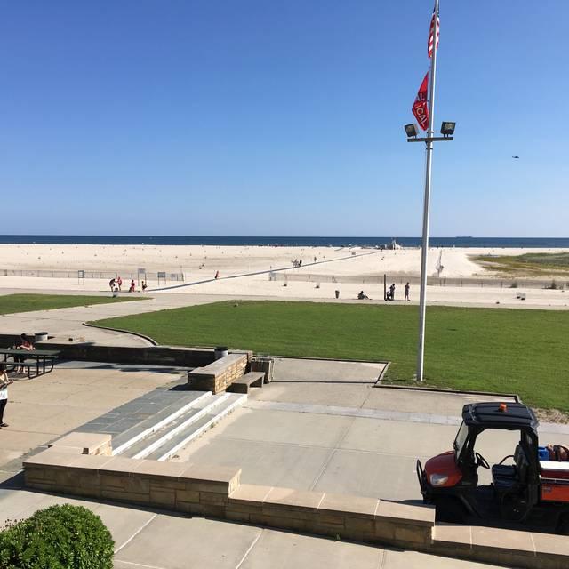 The Landing At Jones Beach Restaurant