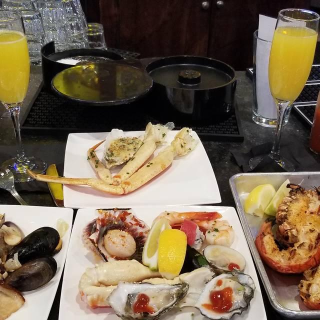 EMC Seafood & Raw Bar - Irvine, Irvine, CA