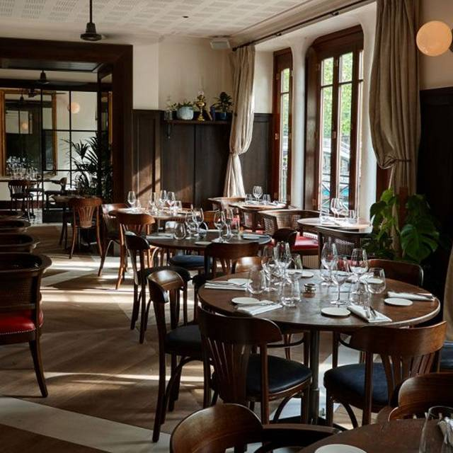 nola restaurant canal saint martin paris paris. Black Bedroom Furniture Sets. Home Design Ideas