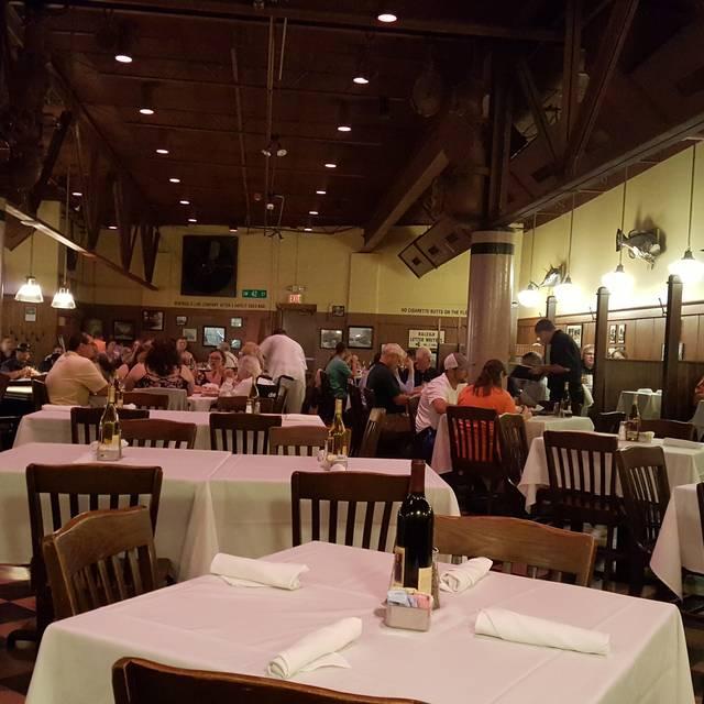 42nd Street Oyster Bar Restaurant Raleigh Nc Opentable
