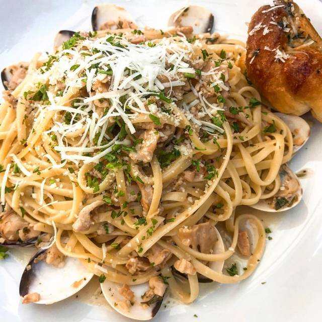 MA'S Italian Kitchen, Burbank, CA