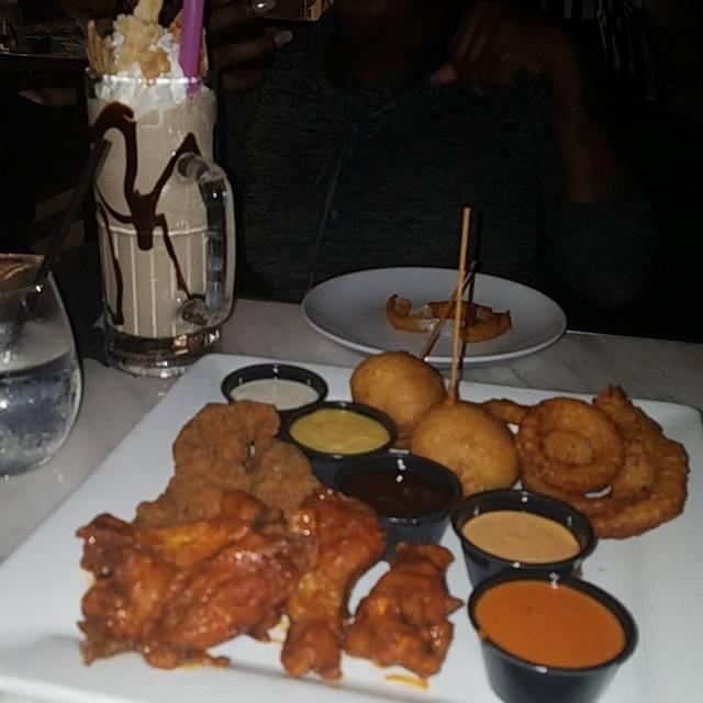 Sugar Factory American Brasserie - Miami, Miami Beach, FL