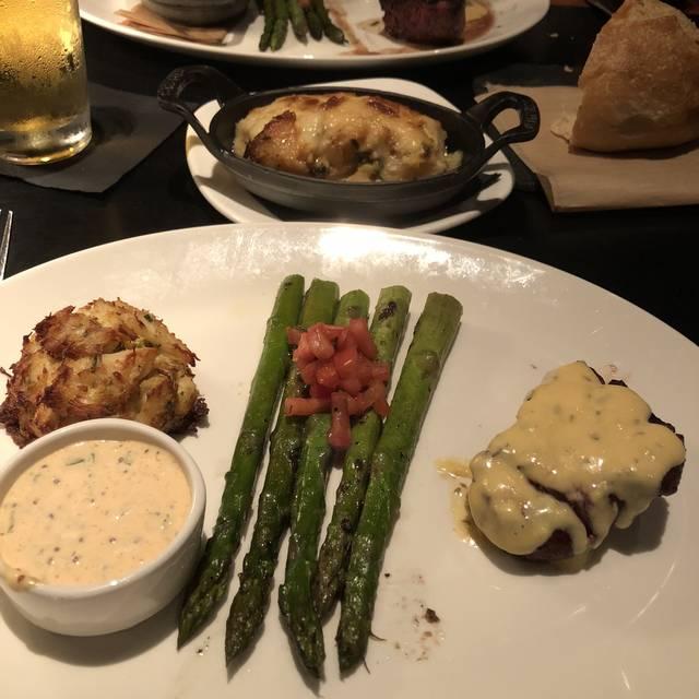 J. Gilbert's – Wood Fired Steaks & Seafood - Worthington, Worthington, OH