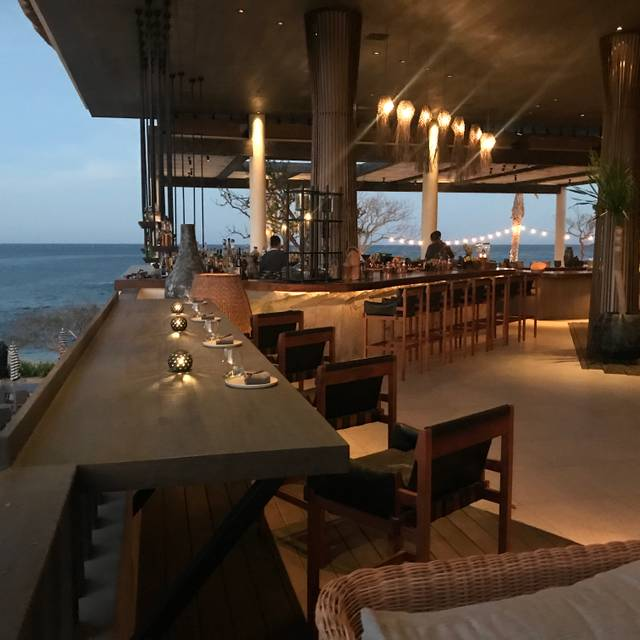 Comal Restaurant & Bar - Chileno Bay Resort & Residences, Cabo San Lucas, BCS