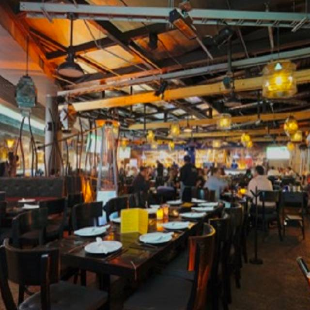 Harbors Angelopolis - Harbor's Steakhouse & Raw Bar - Angelopolis, Puebla, PUE