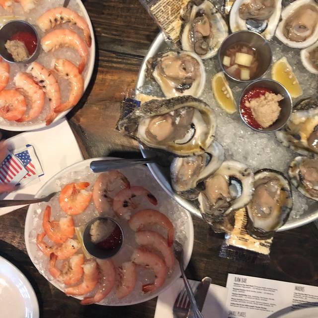 Reel Fish Coastal Kitchen & Bar, Winter Park, FL