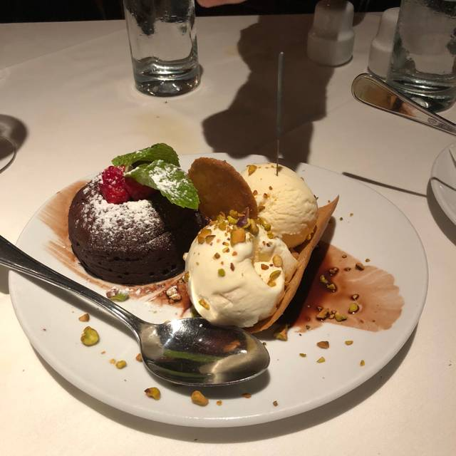 Fleming's Steakhouse - Indianapolis, Indianapolis, IN