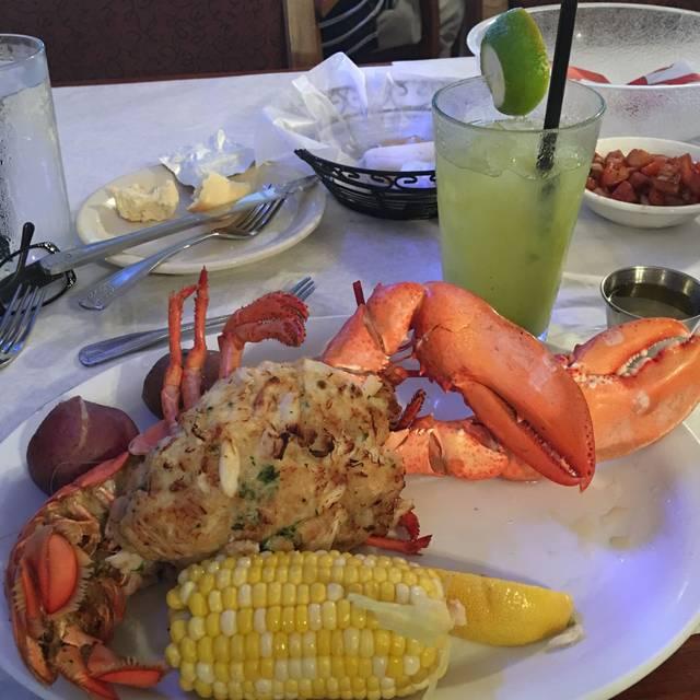 The Station House Restaurant - Lantana, Lantana, FL