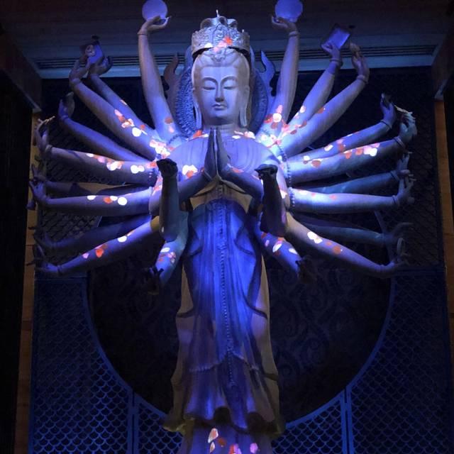 TAO Downtown, New York  Restaurant Info, Reviews, Photos - KAYAK