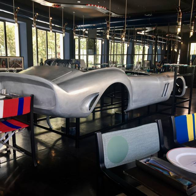 Garage italia milano milan milan opentable - Garage italia ristorante milano ...