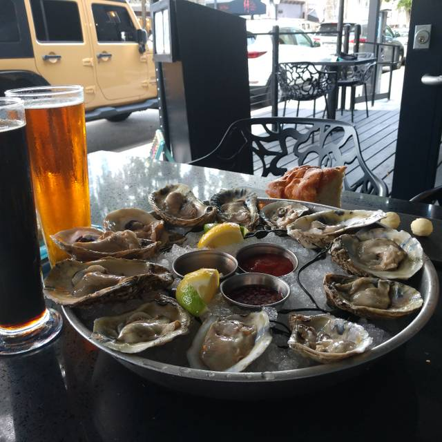 Wild Sea Oyster Bar and Grille, Fort Lauderdale, FL
