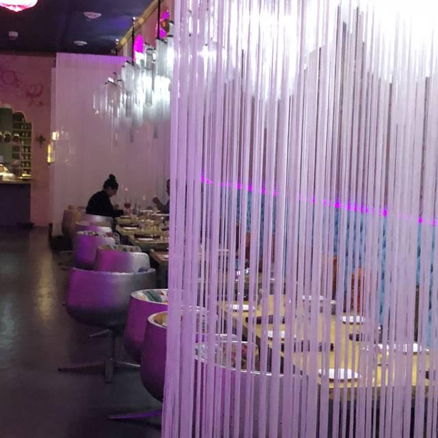 Silk Dinner Lounge, Vancouver, BC