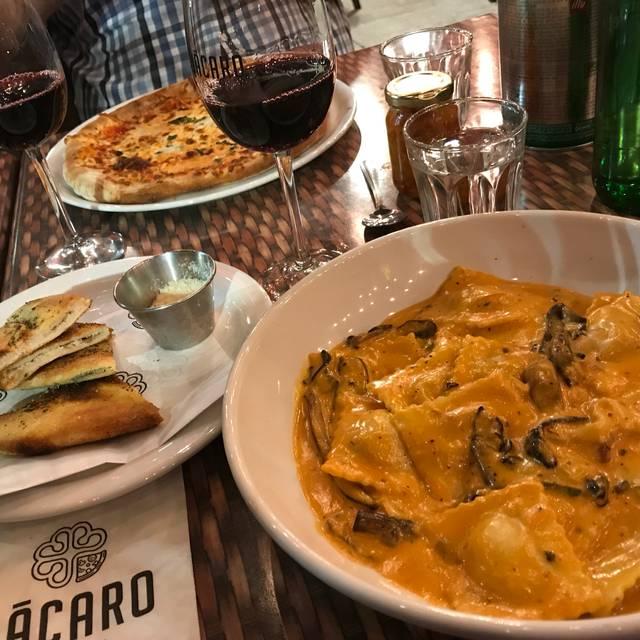 Bàcaro Urban Pizzeria- Lachine, Lachine, QC