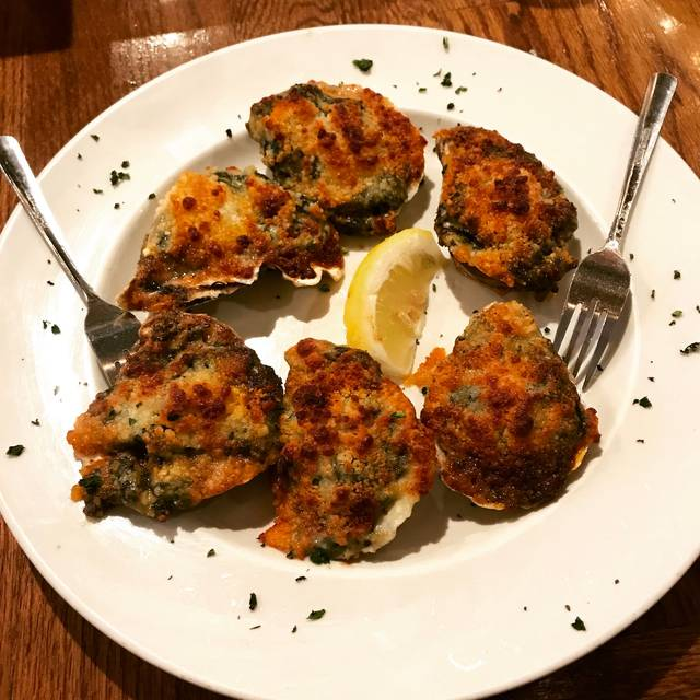 King-crab-house-chicago-baked-clams- - King Crab, Chicago, IL