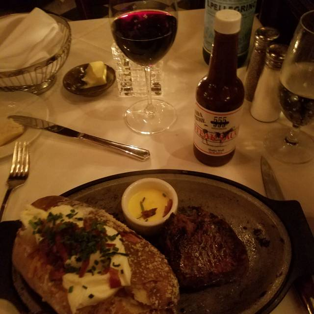 10 Best Restaurants In Long Beach Read Reviews Reserve On Kayak