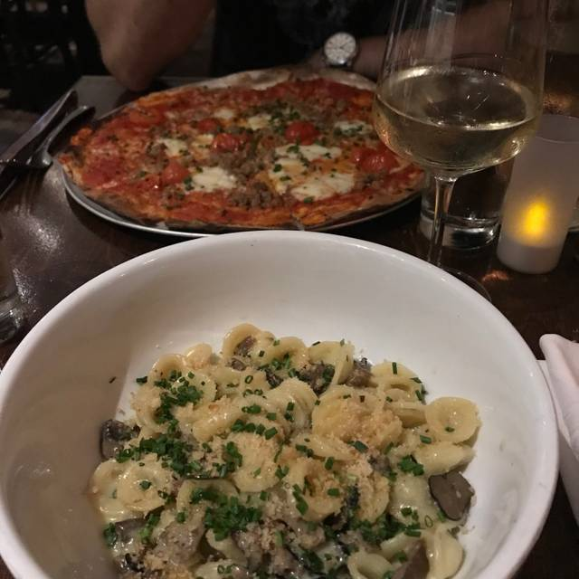 Vesta Trattoria & Wine Bar, Astoria, NY