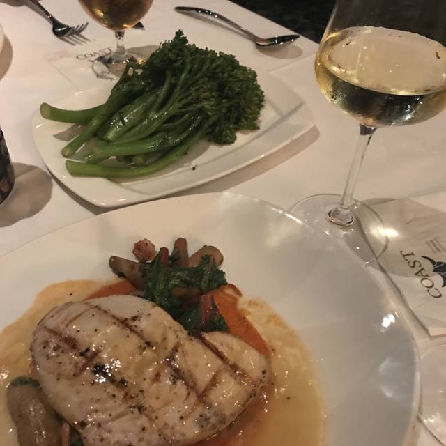 Coast and Main Seafood and Chophouse, Monroeville, PA