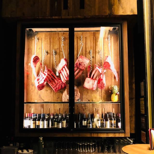 Nusr-Et Steakhouse New York, New York, NY