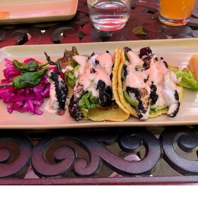 Mateo's Cocina Latina, Healdsburg, CA
