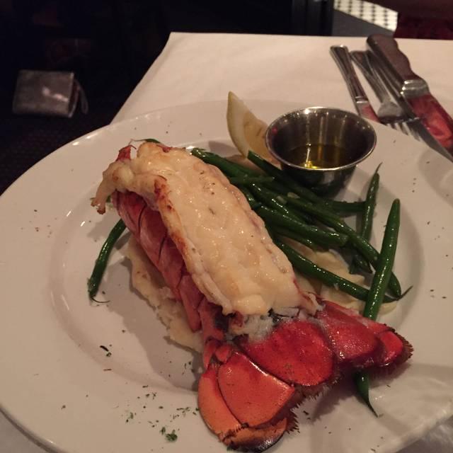 Big Fin Seafood Kitchen, Orlando, FL