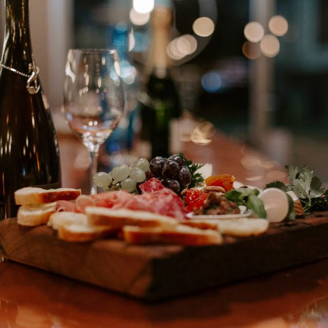 The Cheese & Wine Co, Neutral Bay, AU-NSW
