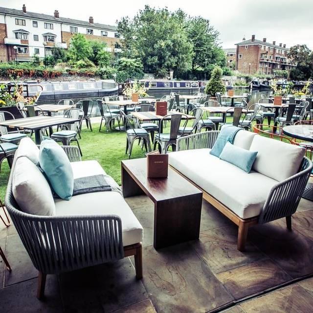 Rotunda Bar and Restaurant, London
