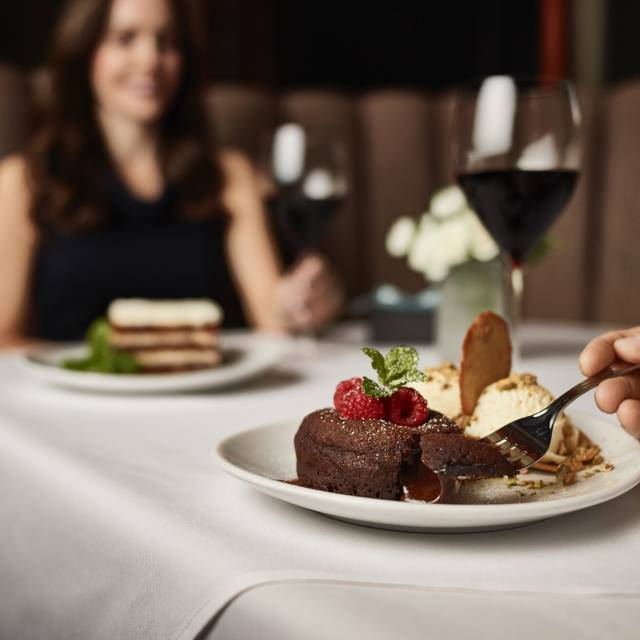 Lava Dessert - Fleming's Steakhouse - Chicago, Chicago, IL