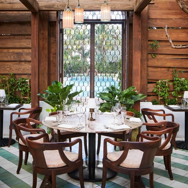 Cecconi S Garden Gate Miami Beach Fka Soho House